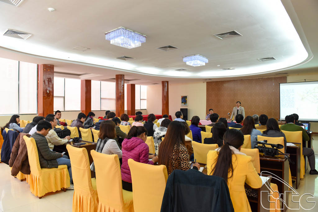 Đoàn khảo sát làm việc với Sở VHTTDL tỉnh Điện Biên