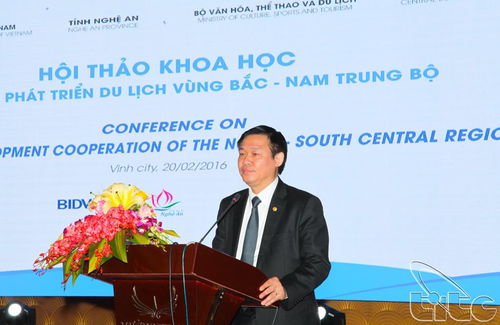 GS.TS Vương Đình Huệ, Ủy viên Bộ Chính trị, Trưởng Ban Kinh tế Trung ương phát biểu chỉ đạo tại Hội thảo