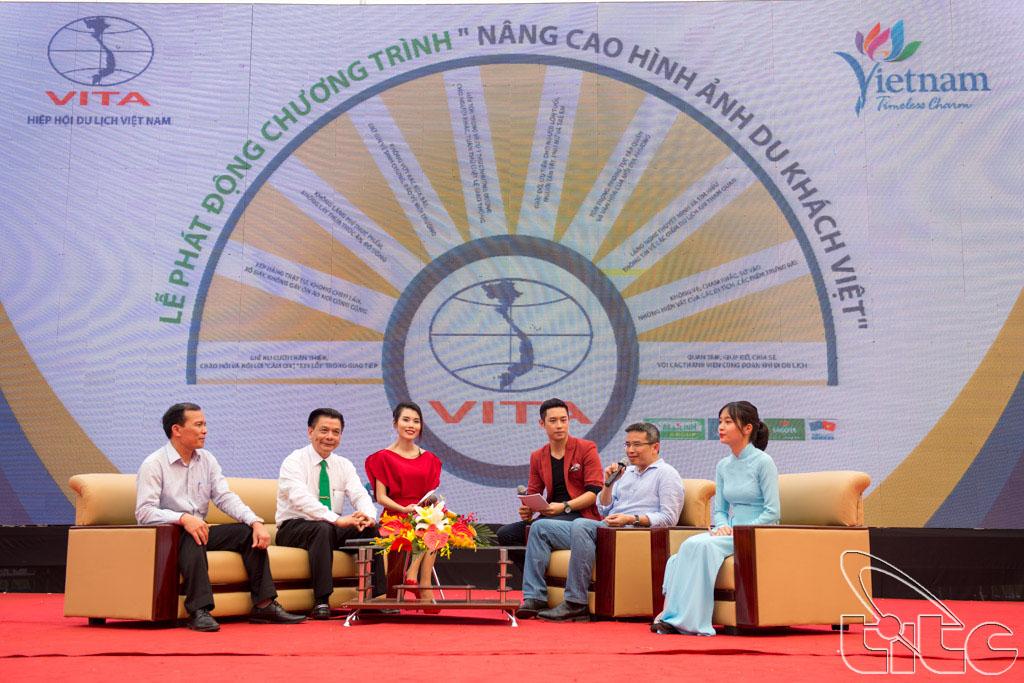 Ông Trần Trọng Kiên - Chủ tịch Tập đoàn Thiên Minh phát biểu tại lễ phát động chiến dịch nâng cao hình ảnh du khách Việt