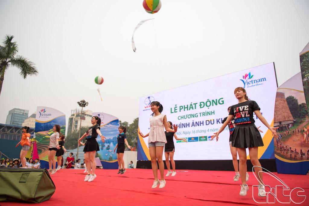 Một tiểu phẩm mang nhiều thông điệp ý nghĩa nhằm nâng cao hình ảnh du khách Việt