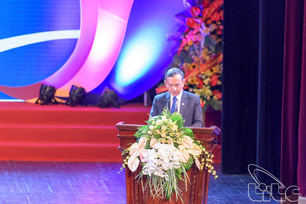 Chủ tịch Hiệp hội Du lịch Việt Nam Nguyễn Hữu Thọ phát biểu khai mạc buổi Lễ